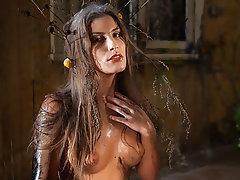 Babe, Brunette, Masturbation, Outdoor